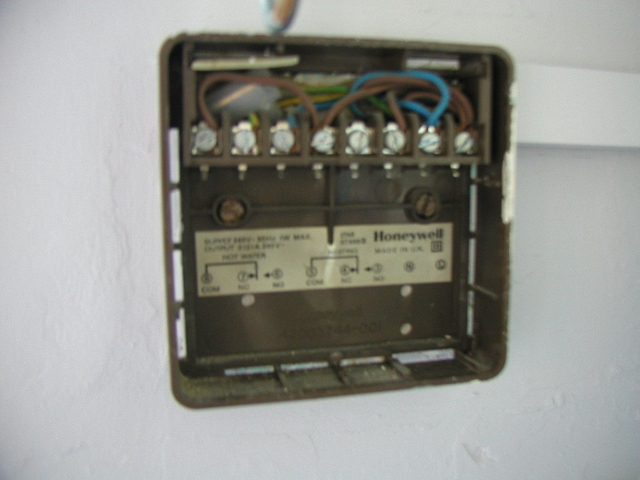 Wiring Diagram For Honeywell Timer : Honeywell st timer battery replacement